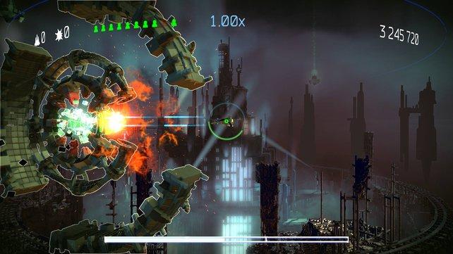 Den Level-Boss besiegt ihr, indem ihr die Lücken in seinem Schild ausnutzt.
