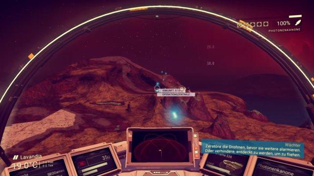 Ihr könnt euer Kampfschiff mit verschiedenen Waffen-Upgrades gegen Weltraum-Piraten ausrüsten.