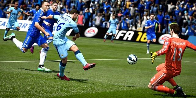 FIFA 16: Während einer Partie gibt es zwar keine Musik, dafür sehr laute Fangesänge.