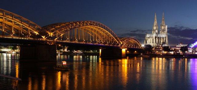 Hach! Köln in einer Sommernacht. Einfach wundervoll!