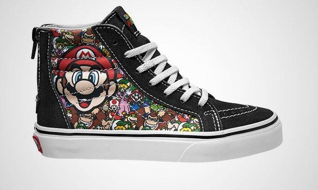 Solche eher günstig verarbeiteten Vans gibt es mit Nintendo-Motiven.