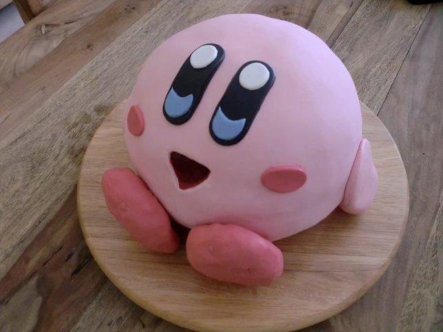 spieletipps-Leser Michi Baumann machte es vor: Dieser Kirby-Kuchen wäre hier preisverdächtig.