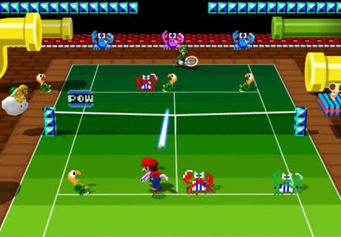 Schlag mit der Rückhand: Mario betätigt sich auf dem Tennis-Court gegen seinen Bruder Luigi. (Mario Power Tennis)
