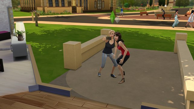 Selfies liegen auch bei den Sims voll im Trend.