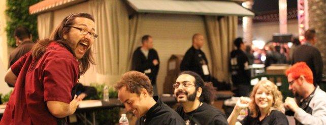Kevin Kanai Griffith (links im Bild) mit anderen Blizzard-Mitarbeitern.