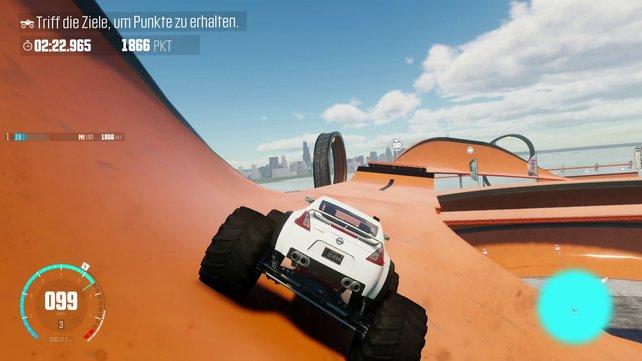 Mit Monster Trucks vollführt ihr Tricks wie mit einem übergroßen Skateboard.