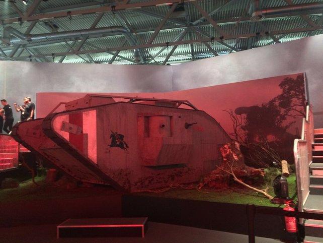 Auf der gamescom präsentiert EA den Nachbau eines Panzers aus dem Ersten Weltkrieg.