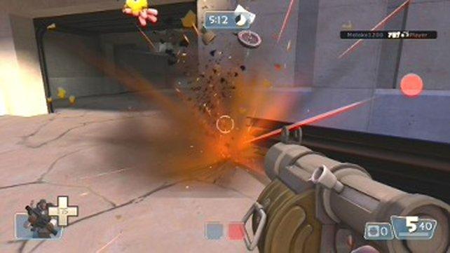 Team Fortress 2 spart mit Blut, abgeschossene Gegner zerfallen außerdem zu Metallobjekten. (Bild von schnittberichte.com)