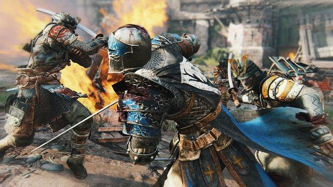 Ritter, Samurai oder Wikinger? In For Honor wählt ihr eine der drei Klassen und zieht mit Schwert und Schild in die Schlacht.