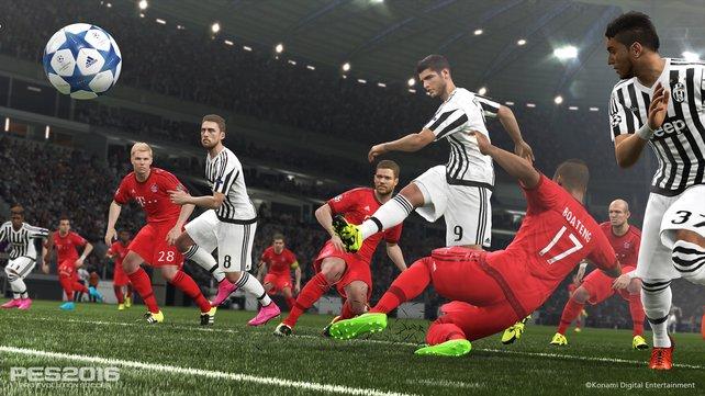 Zweikämpfe: Beim Kampf um den Ball setzen die Spieler ihre Körper nun gekonnt ein.