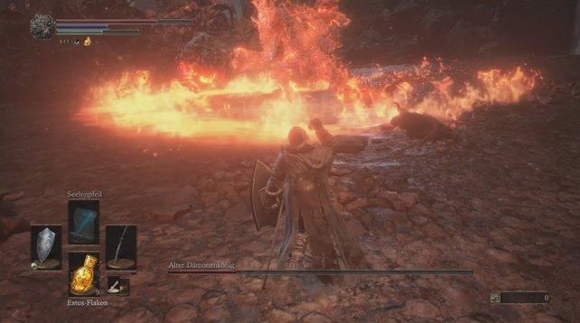 Obacht: Durch diesen Flammenring vom Alten Dämonenkönig könnt ihr hindurchrollen.