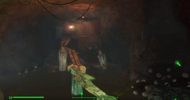 Nach dem Holzbretter-Steg begenet ihr auch einer Mirelurk-Todeskralle.