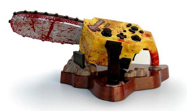 Und so viel zum Thema Erwachsenenspiele auf dem Gamecube: Zu Resident Evil 4 erscheint dieser Kettensägencontroller offiziell im Handel. Eine reine Kinderkonsole würde den ja wohl brüsk von sich weisen, oder?
