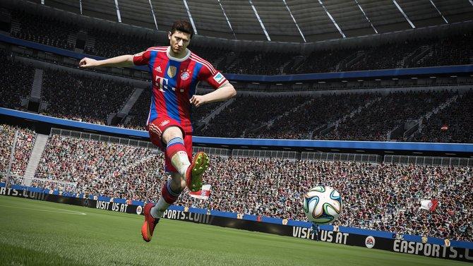 Spielerisch verbessert sich Fifa 15 um Längen im Vergleich zum Vorgänger.