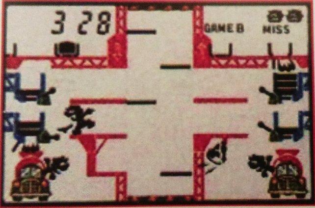 Mario, Luigi und Donkey Kong haben eine ganze Reihe von LCD-Auftritten. Mario's Cement Factory erscheint zu einer Zeit, als es noch nicht mal Bowser, Peach oder Gumbas gibt.