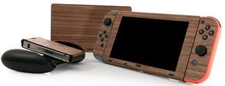 Panorama: PS4, Nintendo Switch & Xbox One in edler Holz-Optik