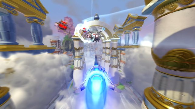 """Im Flug mit dem """"Sky Slicer"""" bekämpft ihr Gegner mit zielsuchenden Raketen."""