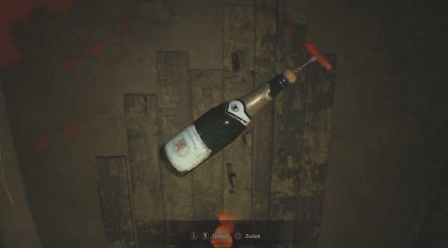 Das Feuer tötet die Spinnen und ihr kommt an den Flaschenöffner.