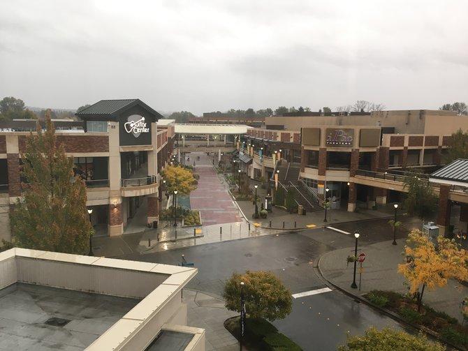 Mitten in der Innenstadt von Redmond sitzt 343 Industries ? bei besserem Wetter ein belebter Platz!