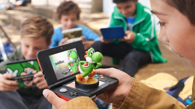 Praktisch: Das neue 3DS-Modell liest die Amiibos direkt auf dem Bildschirm ein.
