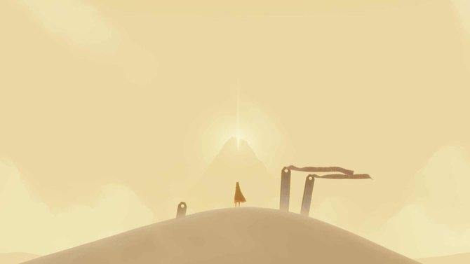 Der Anfang der Reise von Journey beginnt auf einem Dünenkamm.