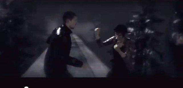 Kampf auf dem Zugdach
