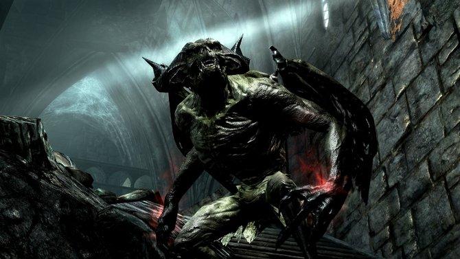 """In der Erweiterung """"Dawnguard"""" trefft ihr auf ziemlich fiese Typen, die sich oft auch nur im Dunkeln auf die Straßen trauen."""