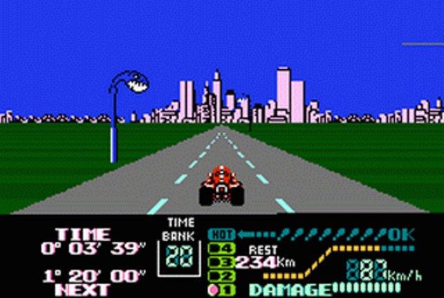 Der zweite Teil des Famicom-Grand-Prixs verwendet bereits dieselbe Perspektive wie Super Mario Kart vier Jahre später.