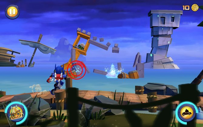 Simpel und witzig: In Angry Birds - Transformers lauft ihr automatisch, manuell visiert ihr nur Feinde an.