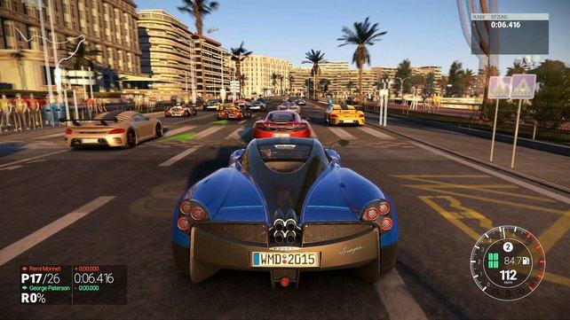 Das Spiel trumpft mit großem Fahrerfeld, vielfältigen Rennklassen und anspruchsvollem Fahrverhalten auf.
