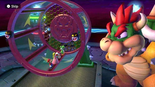 Wer hat es hier wohl leichter: Nörgelkröte Bowser an seiner Lostrommel des Schreckens oder Mario und Kollegen, die darin auf den Beinen bleiben sollen?
