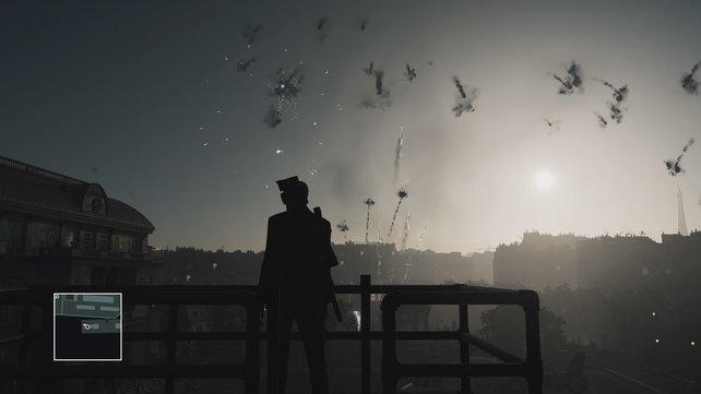 Das Feuerwerk erregt die Aufmerksamkeit beider Ziele