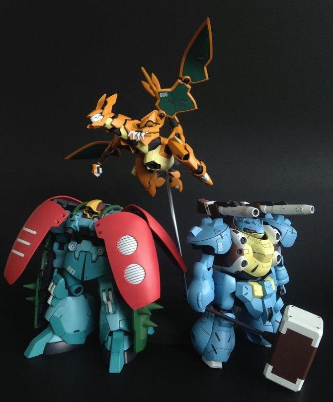 Der Künstler Khris hat seiner Liebe zu Pokémon und Gundam mit diesen Hybrid-Figuren Ausdruck verliehen.