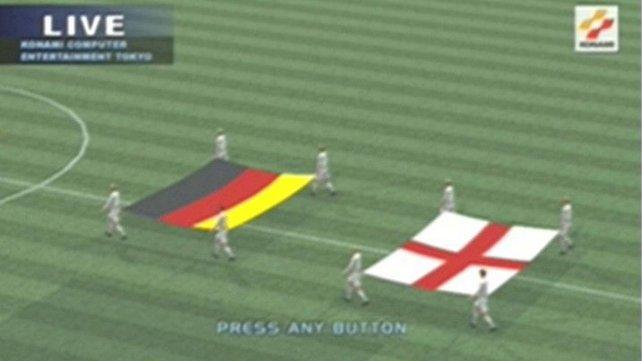 Der Neustart: Mit dem ersten Pro Evolution Soccer erschafft Konami die Fußball-Simulation, die bis heute Bestand hat.