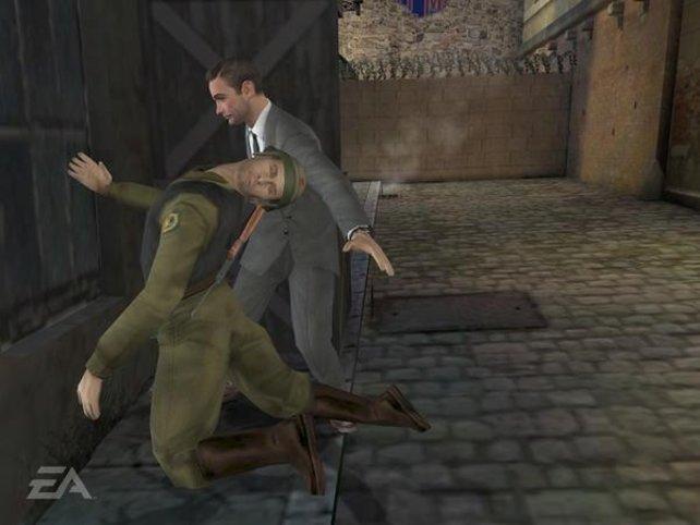 Eion gekonter Handkantenschlag erledigt den Gegner