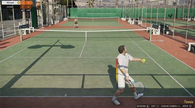 Tennis ist eine der Möglichkeiten sich in GTA 5 die Zeit zu vertreiben.