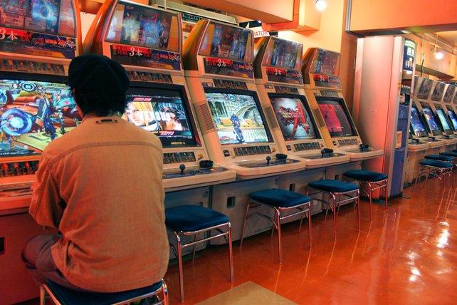 Sega und Taito bieten auf mehreren Etagen massig Spielspaß ab 100 Yen.