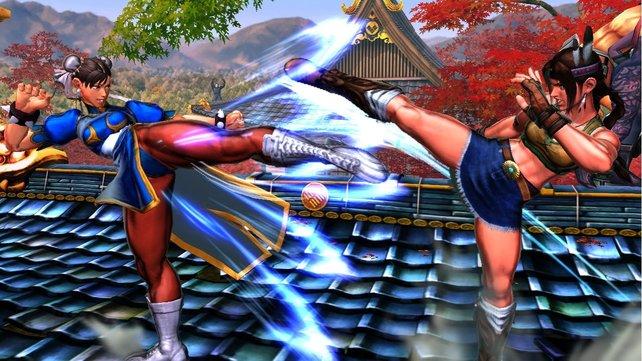 Chun Li und Michelle liefern sich ein Kick-Duell.
