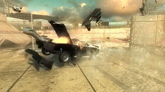 Das Schadenssystem zerlegt die Autos stilvoll in ihre Einzelteile