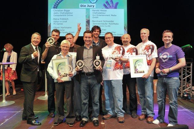Die Vertreter der Gewinner-Hersteller des gamescom-Awards, unter anderem von Nintendo, Sony und EA.