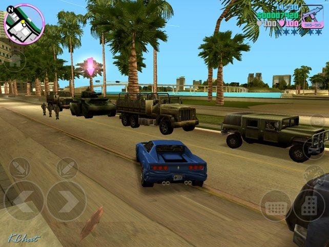 Bei manchen Missionen attackiert ihr auch das Militär, um wie hier einen Panzer zu entwenden.