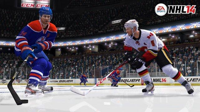Im Online-Mannschaftsspiel steuert ihr mit bis zu 11 menschlichen Mitspielern die beiden Mannschaften auf der Eisfläche: 6 gegen 6.