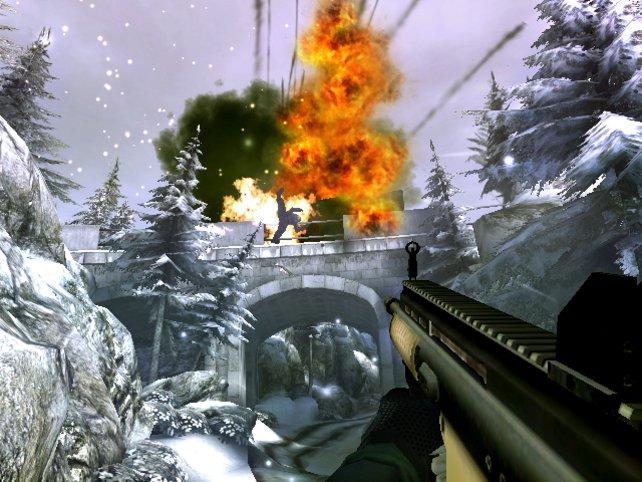 Brücken-Explosionen gehören einfach zu James Bond.