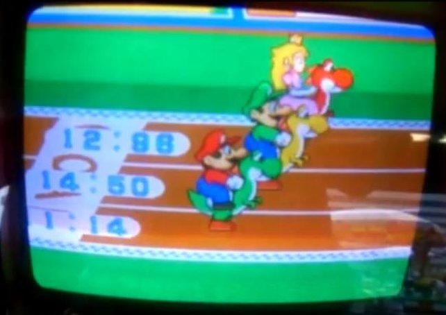 Viele Jahre bevor Yoshi unter den Augen der Öffentlichkeit an Marios Sporteskapaden teilnimmt, sprintet er für japanische Spielhallenbesucher.