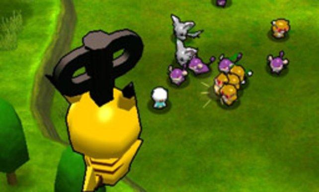 Beim Einwechseln ziehen sich die Spielzeug-Pokémon von selbst auf.