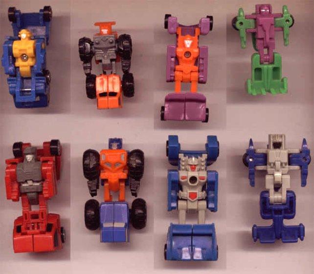 Die Micromasters sind noch Teil der ersten Generation und nur wenige Zentimeter groß.