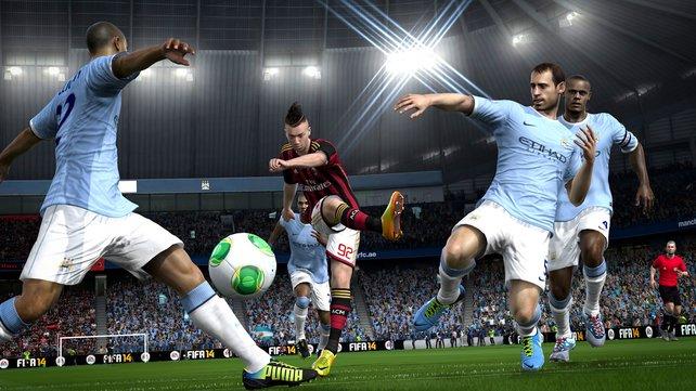 Die Xbox-One-Version bietet mehr grafische Finesse und lebensnaheres Spielerverhalten.