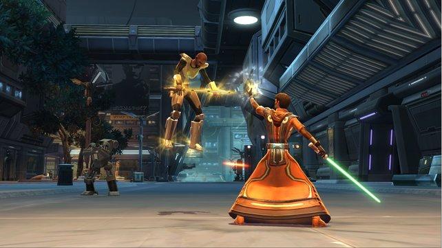 In The Old Republic könnt ihr sogar als Jedi spielen und dabei Macht-Angriffe benutzen.