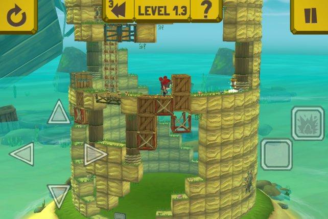 An einem kreisrunden Turm schiebt ihr Kisten umher und löst Explosionen aus.