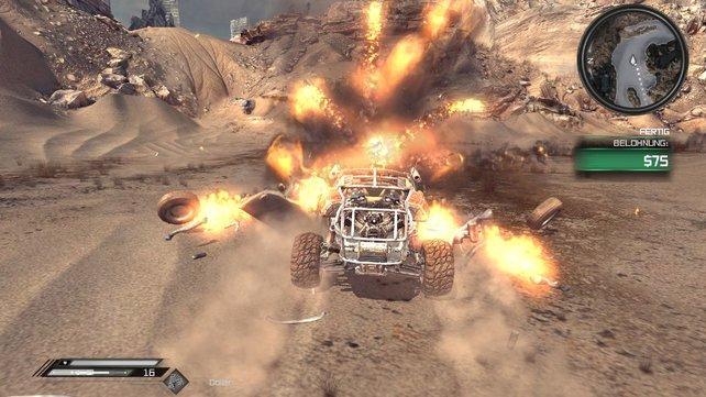 Im Mehrspieler-Modus beschießt ihr euch mit bewaffneten Autos. Das endet in hübschen Explosionen.